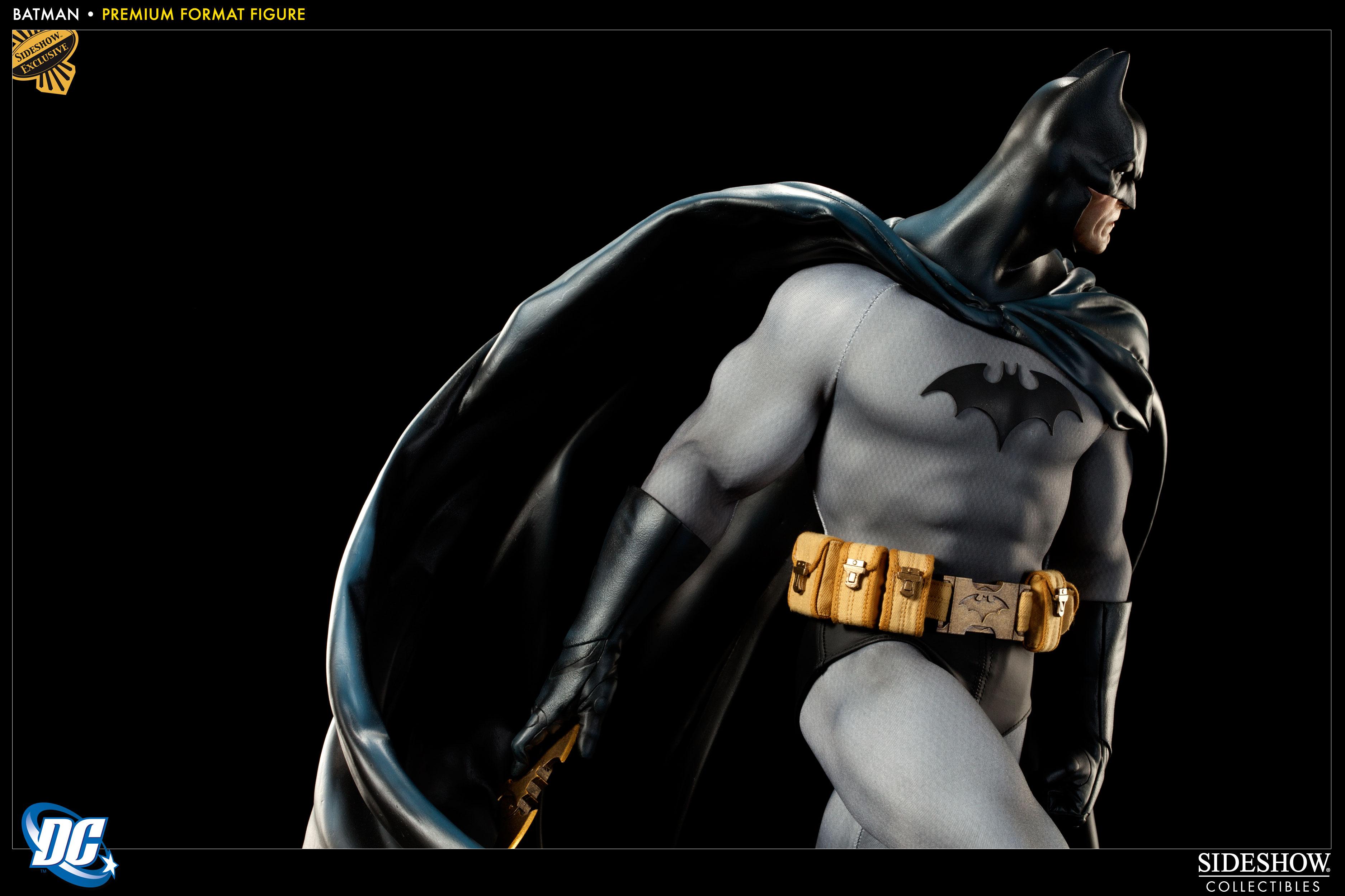 Batman - Premium Format figure 3