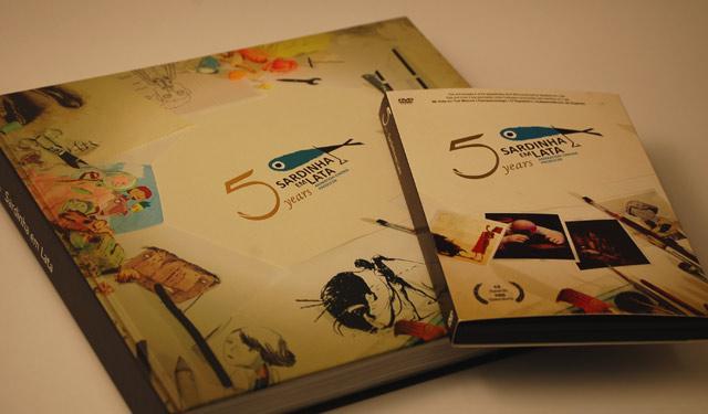 livro+dvd 5º Aniversário Sardinha em Lata